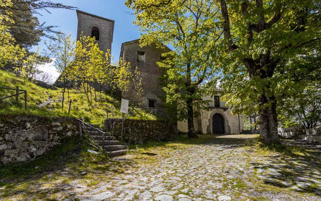 Santuario di San Nicola a Forino: la fondazione e il culto