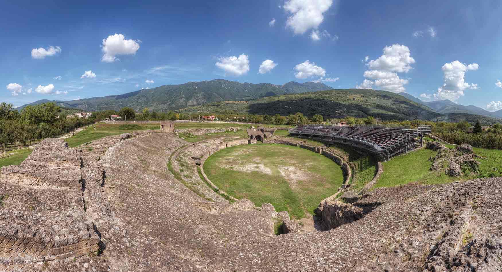 Info Irpinia - Sezione IrpiniaBox - Avella - Anfiteatro romano