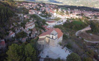 Il borgo di Senerchia e il sentiero del Boschetiello